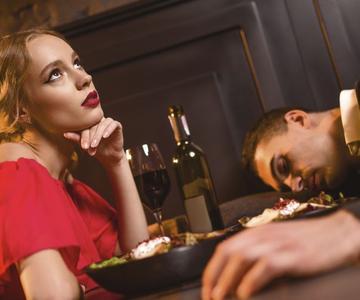 6 cosas que nunca debes hacer en una primera cita