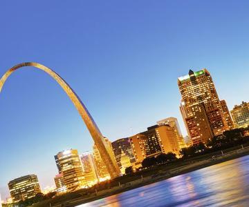 Grandes Lugares en Saint Louis para Encontrar Fechas Lindas!