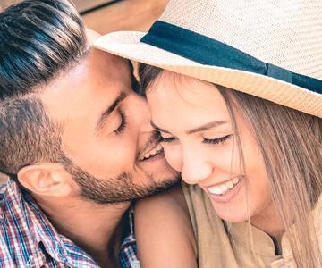 Organizando la cita de amor perfecta después de mucho tiempo juntos