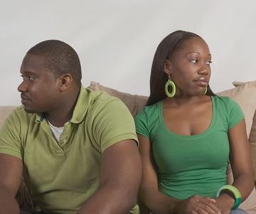 Signos de que estás en una relación de rebote y cómo ponerle fin