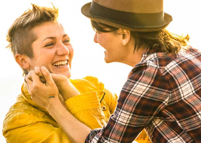 lesbian dating rules: tomboy femme and lipstick lesbian