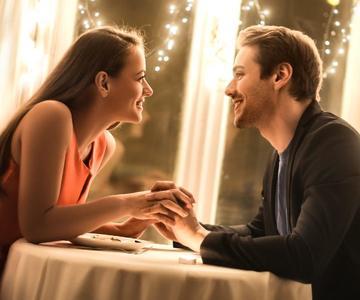 """¿Cuándo debo decirle """"Te amo"""" a mi novia?"""
