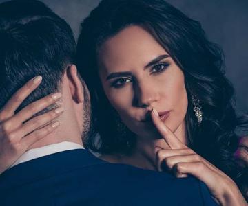 ¿Deberías alguna vez ocultarle secretos a tu pareja?