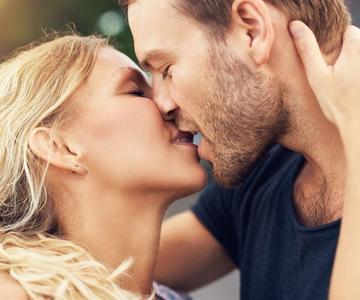 Cómo ser un buen besador: Los mejores consejos para un beso increíble