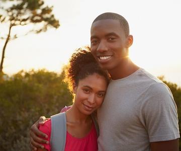 7 Consejos para Citas Online: Buscando Solteros Negros