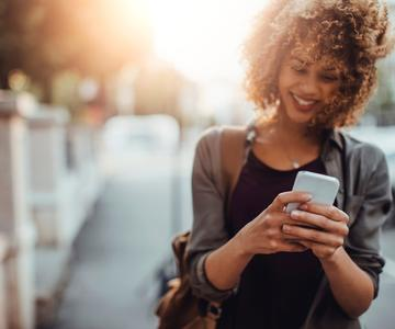 Cómo conseguir una cita en una aplicación de citas (y no caer en la trampa de los golpes)