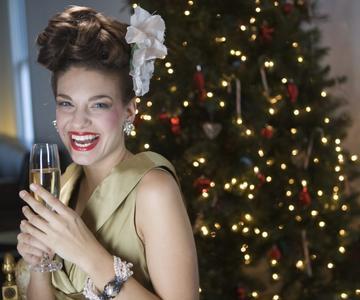 Cómo sobrevivir a la temporada de fiestas si eres soltero